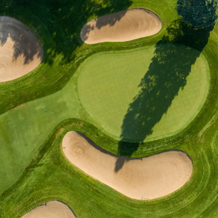 A drone photo of a golf course
